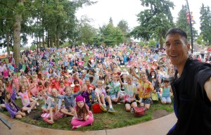 Magician Jeff Evans performs for Auburn Parks, Arts, and Recreation at Les Gove Park