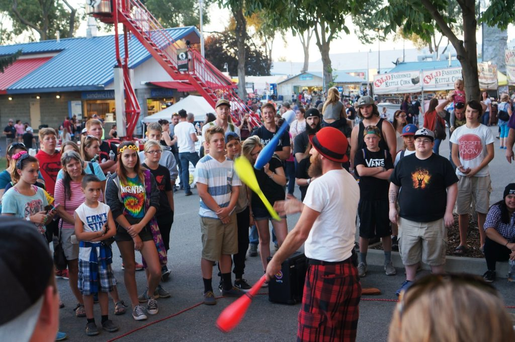 Justin the Juggler gathered big crowds several times each day