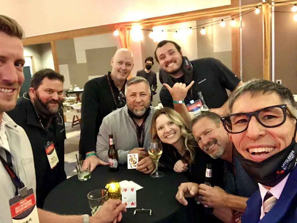 Seattle corporate magician Jeff Evans wows the hospitality room